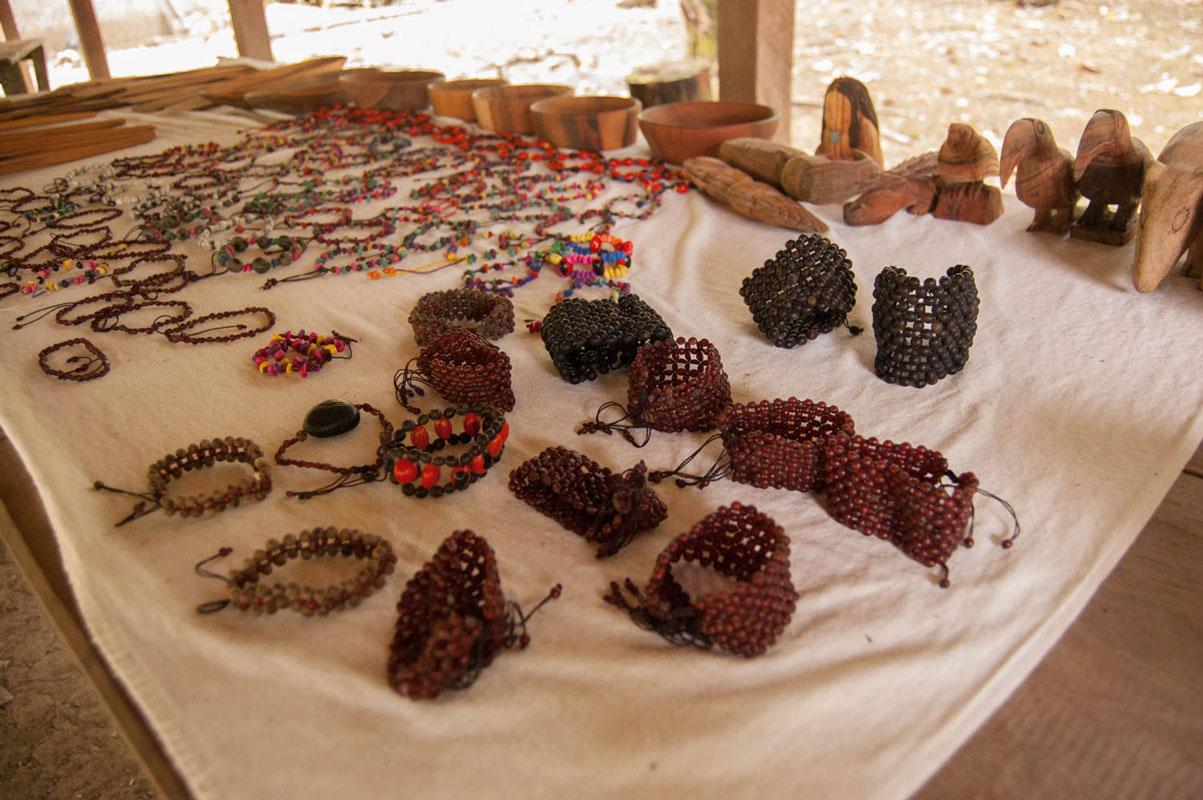 tours_chiapas_bonampak_yaxchilan_palenque_guias_en_chiapas_selva_lacandona_mayas_lacandones_artesania_07