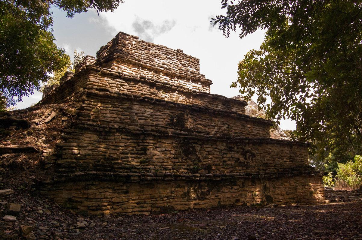 tours_en_chiapas_bonampak_yaxchilan_palenque_guias_en_chiapas_selva_lacandona_mayas_lacandones_zonas_arqueologicas_ciudad_perdida_de_sak_tsi_01