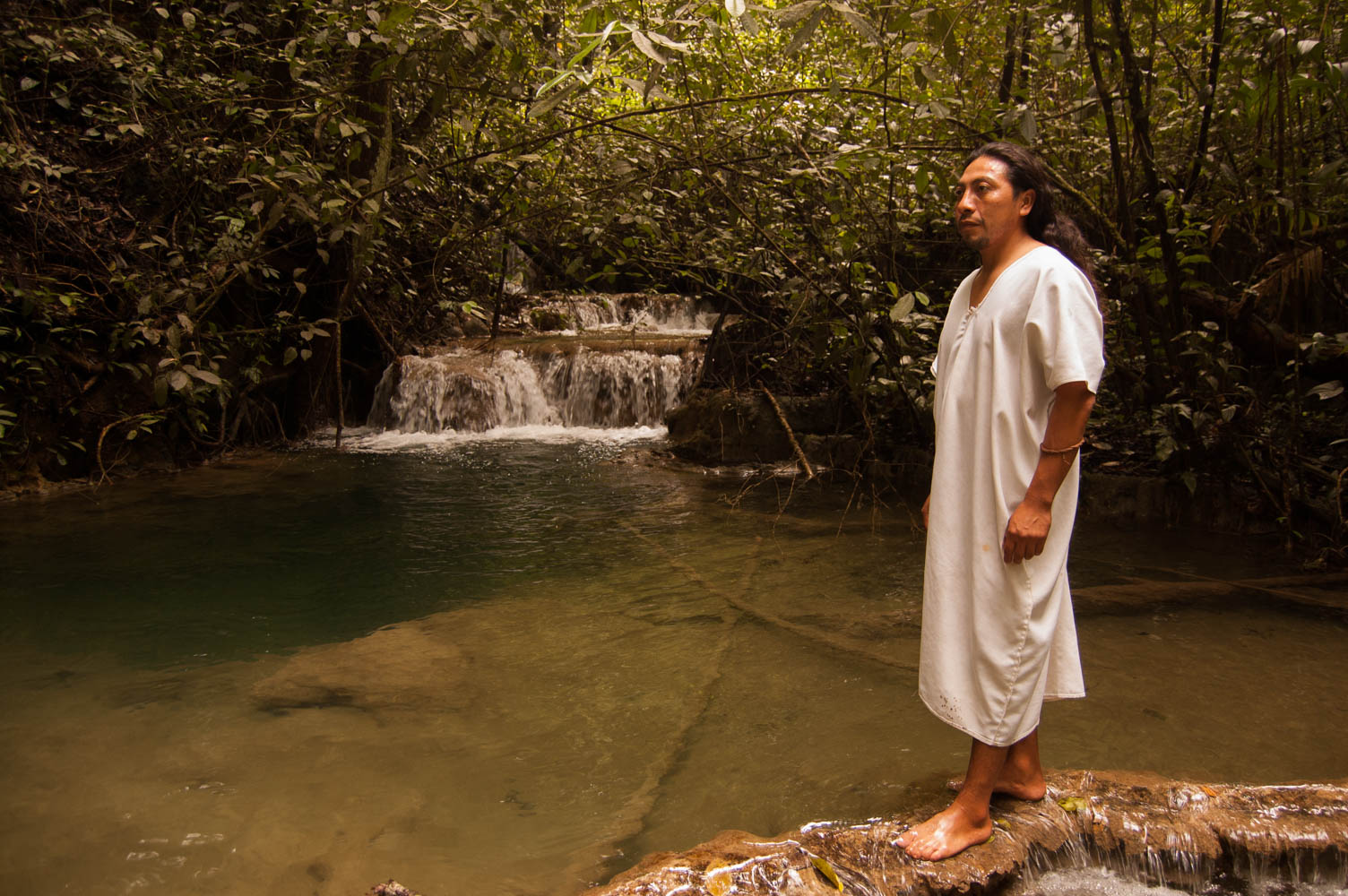 tours_en_chiapas_turismo_de_aventura_mayas_lacandones_selva_lacandona_cascada_del_corcho_negro_daniel_chankin